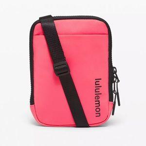 Lululemon Easy Access Crossbody Bag NWT